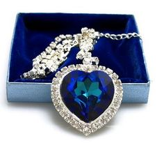 Titanic-HEART of the Ocean necklace..