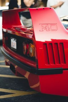 the F40 was the best Ferrari, i really want one when im older