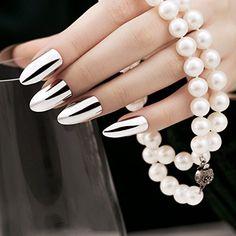 Sparkly Nails, Metallic Nails, Silver Nails, Glitter Nails, Almond Nails Designs, Nail Designs, Fake Nails With Glue, Nail Selection, Airbrush Nails