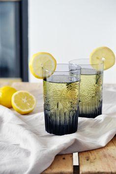 lavender lemonade recipe: 2-1/2 c. water, 1 c. sugar, 1 T dried lavender flowers, 2-1/2 c. cold water, 1 c. lemon juice, ice cubes | lark & linen.
