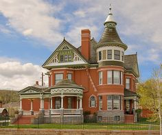 Victorian style mansion in Rawlins, Wyoming