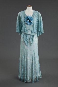 Dress with capelet, 1930's.