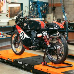 What's the best-looking Harley-Davidson of all time? We'd put our money on the XRTT road racer from the 1970s, and it looks like Belgian mechanic Joeri Van Ouytsel feels the same. He's just built this stunning homage based on the Street 750 for the Harley-Davidson Benelux Battle Of The Kings competition. For the exclusive story (and more amazing images) head over to http://www.bikeexif.com/harley-750