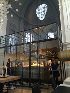 New Restaurant of former three star chef Sergio Herman and his exec. chef Nick Bril.