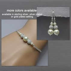 Hey, I found this really awesome Etsy listing at https://www.etsy.com/listing/240021672/ivory-pearl-bridesmaid-bracelet-set