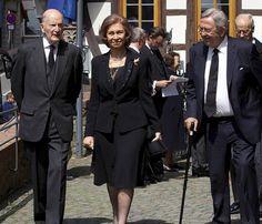 La reina Sofía, su hermano, Constantino de Grecia, y Simeón de Bulgaria acuden al funeral del jefe dinástico de la Casa de Hesse