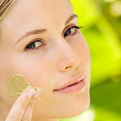 Top experts share their best strategies on how to look younger. At Daily Glow, find more effective anti-aging tips.