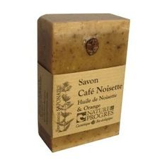 Un savon gommant au parfum délicat. Très utile en cuisine pour faire partir les odeurs tenaces.