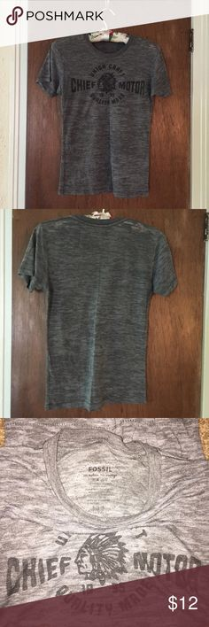 Fossil Shirt 10/10 condition size small fossil shirt Fossil Tops Tees - Short Sleeve