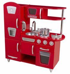 Red vintage play kitchen. ¡Todas las niñas querrán una!