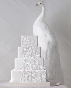 Feather-Inspired Wedding Cake