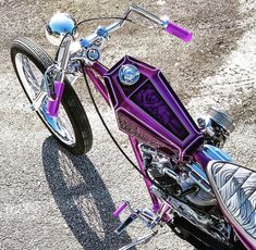 This Pan built by has been turning some heads over at the . Custom Motorcycles, Cars And Motorcycles, Choppers, Bike Builder, Motorcycle Photography, Chopper Bike, Harley Bikes, Cool Tanks, New Tank
