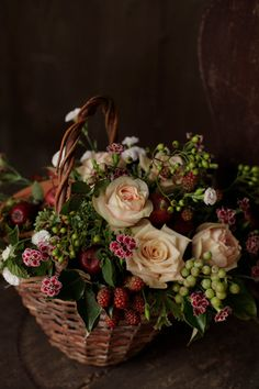 """Fruit basket"" – World of Flowers Basket Flower Arrangements, Flower Arrangement Designs, Beautiful Flower Arrangements, Flower Designs, Floral Arrangements, Beautiful Flowers, Ikebana, Orquideas Cymbidium, Deco Floral"