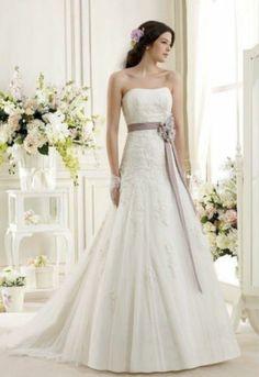 2014-NEU-Modisches-BrautKleid-Hochzeitskleid-Traegerlos-A-Linie-nach-Masse