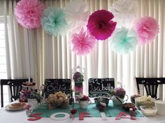 Simple baby shower table  if im having a girl i want to do this for a baby shower