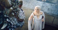 Game of Thrones | Fotos de Emilia Clarke em cena revelam o que virá a seguir para a Mãe dos Dragões