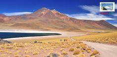 Las lagunas Miscanti y Meñiques son uno de los más de 15 atractivos turísticos que tiene San Pedro de Atacama ¿Qué esperas para viajar y conocerlos? http://www.rutas365.com/es-chile-san-pedro-de-atacama-lagunas-miscanti-y-meniques/