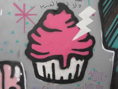 Taksim #istanbulsokak #duvarlaraozgurluk #istanbulstreetart #sokaksanatı #streetart #graffiti #stencil #wallart #mural #sticker #streetwriting #urban #urbanart #istanbul #beyoglu #kadikoy #besiktas #turkiye #art #cupcake #lightning