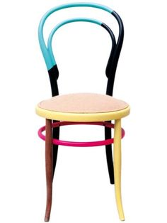 29 Trendy Old Furniture Makeovers Projects Chair Makeover Weird Furniture, Funky Painted Furniture, Painted Chairs, Paint Furniture, Furniture Decor, Furniture Design, Blue Velvet Dining Chairs, Outdoor Dining Chair Cushions, Old Chairs