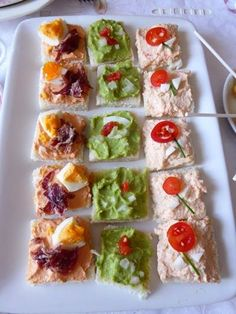 Quick Healthy Breakfast Ideas & Recipe for Busy Mornings Quick Appetizers, Appetizer Recipes, Party Canapes, Quick Healthy Breakfast, Cooking Recipes, Healthy Recipes, How To Eat Better, Small Meals, English Food