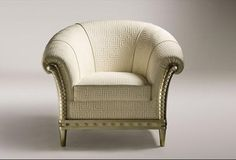 Luxury Classic Traditional Comfortable Sofa and Armchair Designs from Versace Home Sofa Design, Country Style Living Room, Versace Home, Leather Lounge, Comfortable Sofa, Home Collections, Luxury Furniture, Home Furnishings, Armchairs