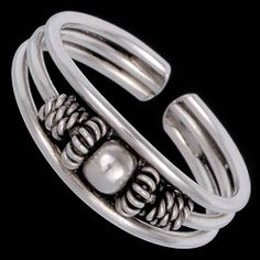 Silver ring, toe ring Silver ring, Ag 925/1000 - sterling silver. Open-end ring can be adjusted according to the size of the finger.