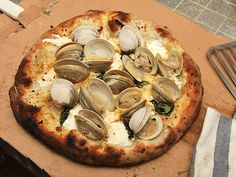 How to make fresh clam pizza at home. #pizza #seafood