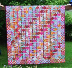gasp!! I LOVE this quilt.   Diagonal Madness, Pattern by Kaffe