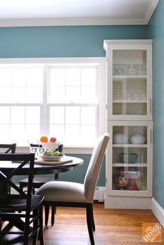 Wood Closet Shelves, Glass Shelves, Open Shelves, Kitchen Cabinet Doors, Kitchen Cabinets, Cabinet Refacing, Diy Cabinets, Glass Cabinets, Home Projects