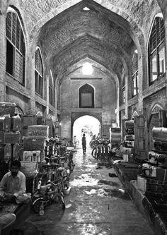 Herat Bazaar, Afghanistan  Afghan Images Social Net Work:  سی افغانستان: شبکه اجتماعی تصویر افغانستان http://seeafghanistan.com