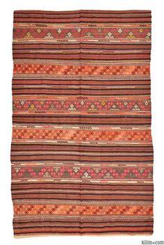 DENÍZLÍ kilim, ca. mid 20th century.  mixed technique: klilm & cicim / jijim.