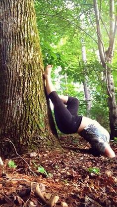 Outdoor yoga   #yoga #outdoor #curvyyoga #nature #plussizeyoga  Follow me on instagram @ bdanielle88