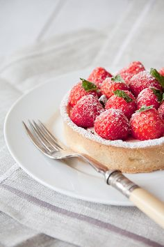 Summer Strawberry Tarts | The Boy Who Bakes, July 2012
