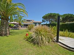 Luxury property in a calm area - Rent #SaintTropez  This luxury villa - located in a calm and peaceful area in Saint Tropez - invites to spend relaxing holidays. Recently renovated with high quality materials, every room is air-conditioned and has its own shower room, toilet and TV. The property offers a small guest house, ideal for guests.  Ground http://aiximmo.ch/en/listing/luxury-property-in-a-calm-area-rent/  #frenchriviera #cotedazur #mallorca #marbella #sainttrope