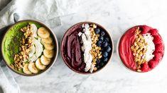 Smoothie Bowl Recipe - 3 Ways (Video) - JoyFoodSunshine Watermelon Smoothies, Fruit Smoothie Recipes, Good Smoothies, Smoothie Bowl, Vegetarian Breakfast Recipes, Lunch Recipes, Snacks Saludables, Paleo Dairy, Dairy Free