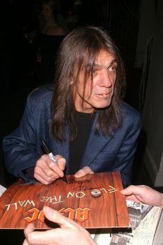 the 18th Annual Rock and Roll Hall of Fame Induction Dinner at the Waldorf Astoria Hotel in New York City 03/10/2003 Malcolm Young (ac/dc)