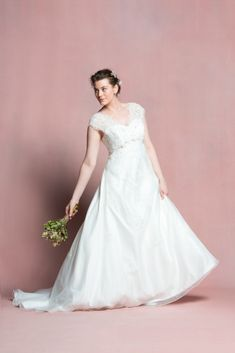 Robe de mariee femme ronde Navabi dit oui l La Fiancée du Panda blog mariage-30