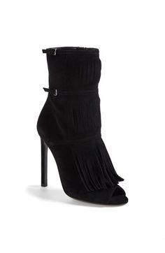 Gucci 'Becky' Fringe Bootie available at Fringe Booties, Suede Booties, Bootie Boots, Ankle Boots, Sweeping Fringe, Gucci Boots, Sexy Boots, Fashion Boots, Shopping Bag