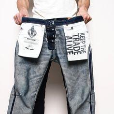A Salute To Denim & Chambray Perfection Raw Denim, Trouser Jeans, Denim Jeans Men, Hipster Jeans, Japanese Denim, Denim Branding, Denim Fabric, Vintage Denim, Denim Fashion