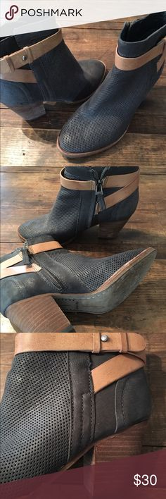 """Dolce vita boots Folce vita perforated leather boot with buckle strap and 3"""" stacked block heel. They have been worn so show some wear on sole, zipper & heel Dolce Vita Shoes Ankle Boots & Booties"""