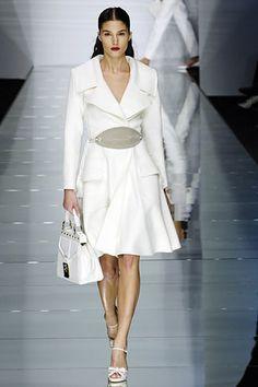 Sfilata Valentino Parigi - Collezioni Primavera Estate 2006 - Vogue