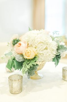 #hydrangea, #rose  Photography: The Nolan's - christophernolanphotography.com/  Read More: http://www.stylemepretty.com/2014/07/15/classic-little-rock-wedding/