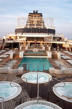Swim   Celebrity Cruise Lines  keritravel@gmail.com