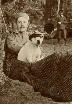 ❤️ India - 1890 soldier with pit bull. Staffordshire Bull Terrier, Bull Terrier Dog, Pitbull Pictures, Dog Pictures, Nanny Dog, War Dogs, Vintage Photographs, Vintage Photos, Pit Bull Love