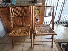 BAMBOO FOLDING CHAIRS     SOLD   yyuupp