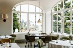 Mimi's, Will's & Una Màs at Coogee Pavilion — Hunter & Folk Chinese Courtyard, The Grounds Of Alexandria, Mim Design, Sydney Restaurants, Pavilion Architecture, Vogue Living, Courtyard House, Arched Windows, Design Strategy