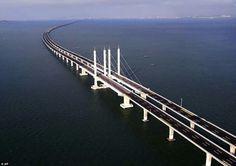 Enorme puente