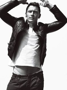 James Franco. Go write poetry and stop being so beautiful, you gd hipster.