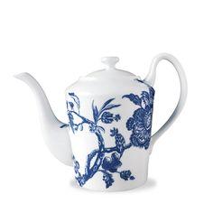 bc71e1b5b535 WILLIAMSBURG Collection - Arcadia 40 oz Tall Teapot Coffee Recipes, Salon,  Coffee Coffee,