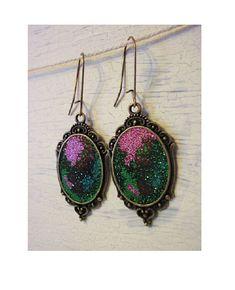 Boucles d'oreilles cabochons galaxy multicolore influence médiévale
